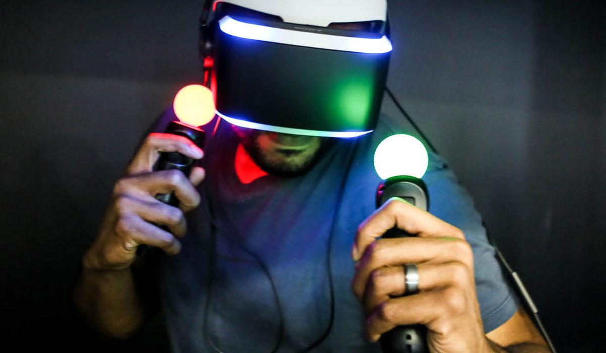 'PlayStation VR komt pas in de herfst beschikbaar'