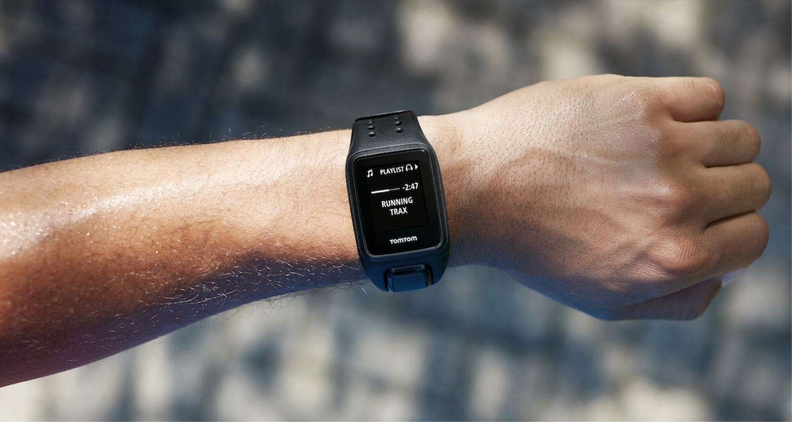 TomTom onthult fitness-wearable: de TomTom Spark