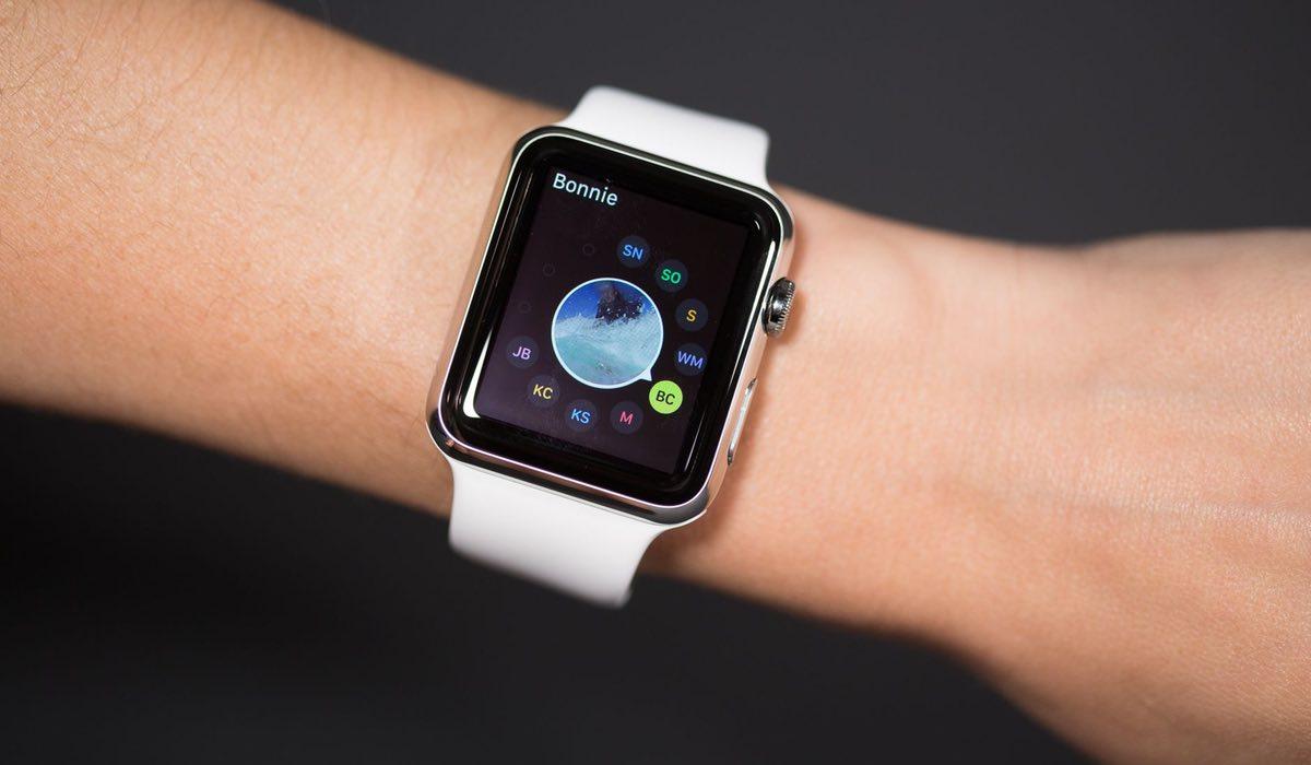 Bellen en sms-berichten sturen met de Apple Watch: zo werkt het