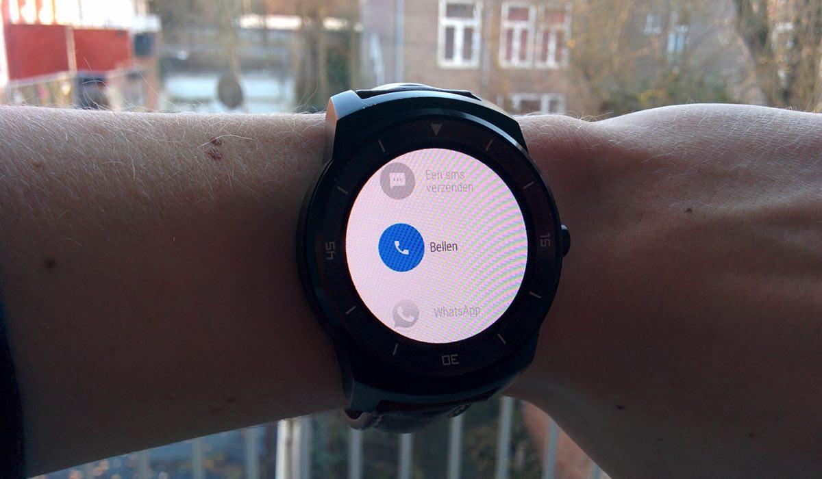 Bellen en sms-berichten versturen met Android Wear: zo werkt het