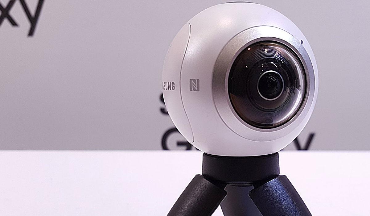 Samsung onthult 360-graden camera Gear 360