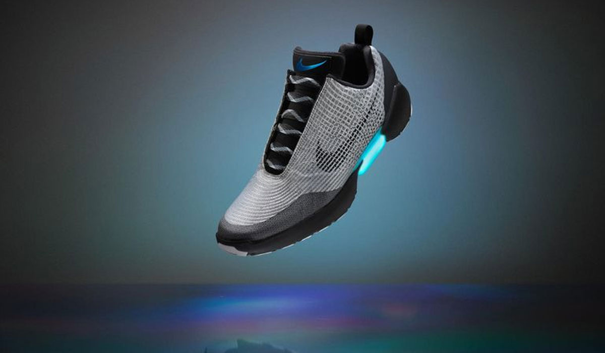 Nike-schoen gaat Back to the Future met zelfstrikkende veters