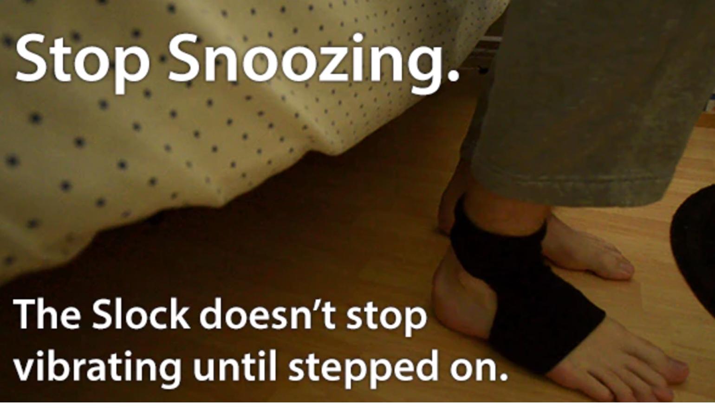Slimme sok maakt je wakker door je voet te kietelen
