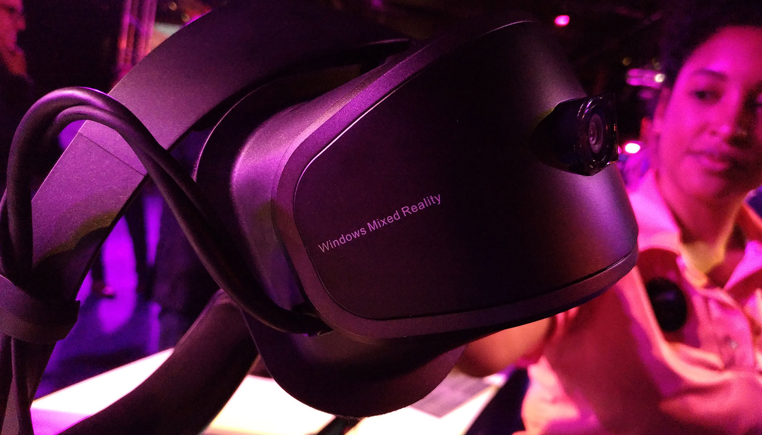 Hands-on met de Lenovo Explorer, de Windows Mixed Reality-headset