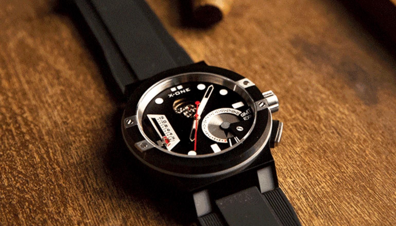 X-One H1 is een mechanisch smartwatch met modules