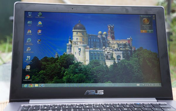ASUS-Taichi-review-display-binnenkant