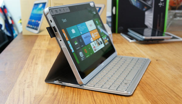 Acer-Aspire-P3-review-zijkant