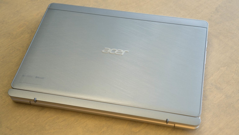 Acer-Aspire-Switch-10-review-design