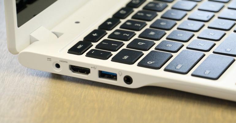 Acer-C720P-Chromebook-review-aansluitingen-2