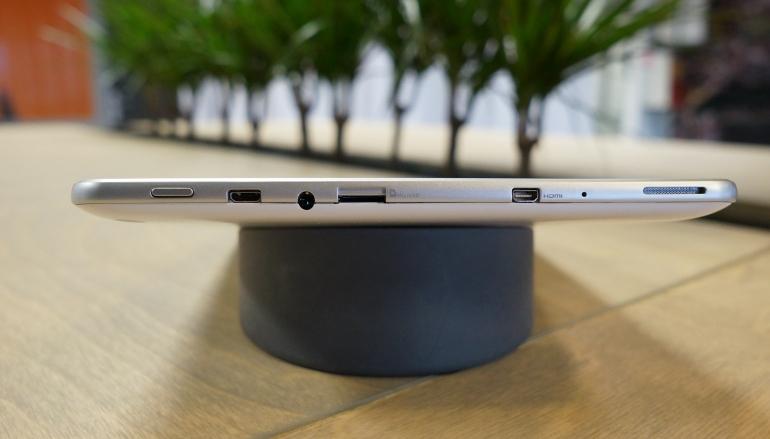 Acer-Iconia-A3-aansluitingen