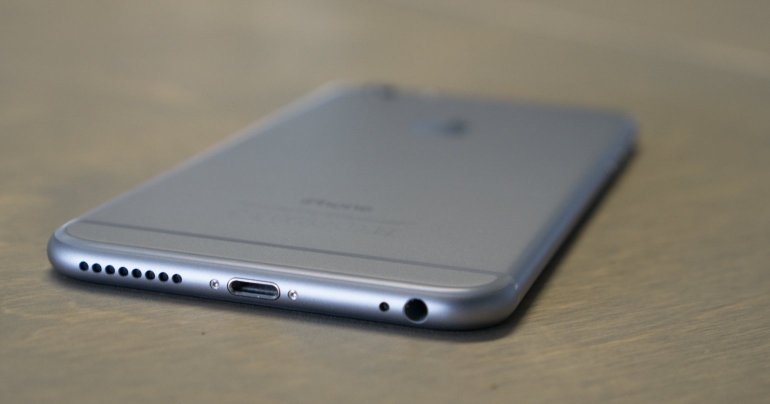 Apple-iPhone-6-Plus-review-speaker