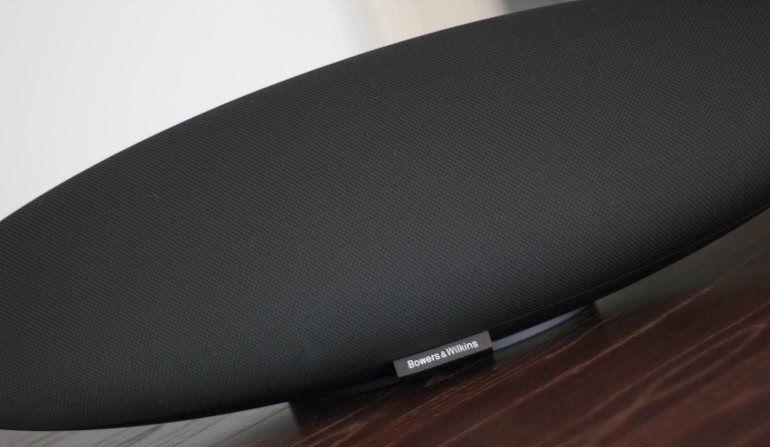 Bowers-Wilkins-Zeppelin-Wireless-design