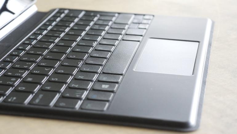 Dell-Venue-11-Pro-keyboard-slim