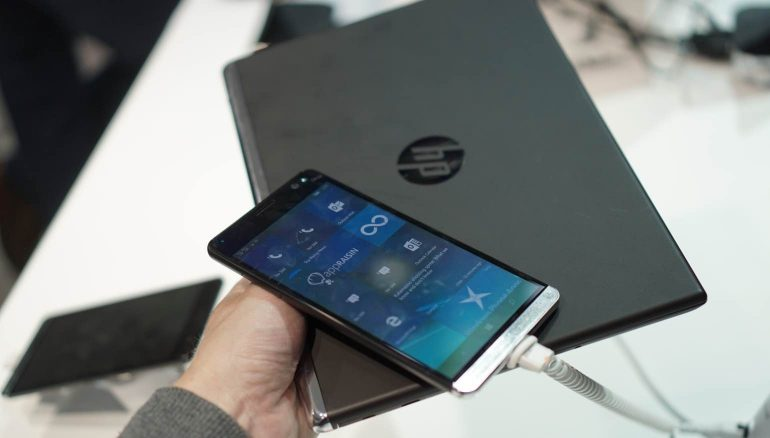 HP-Elite-X3-met-laptop-1