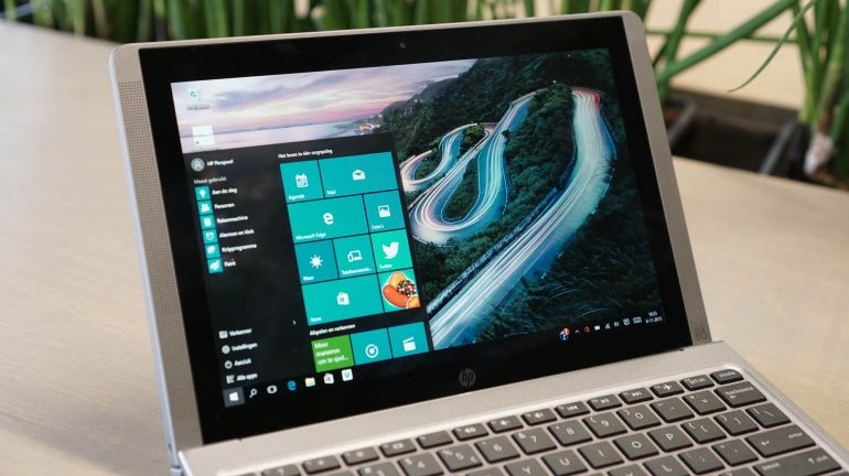 HP-Pavilion-x2-review-display