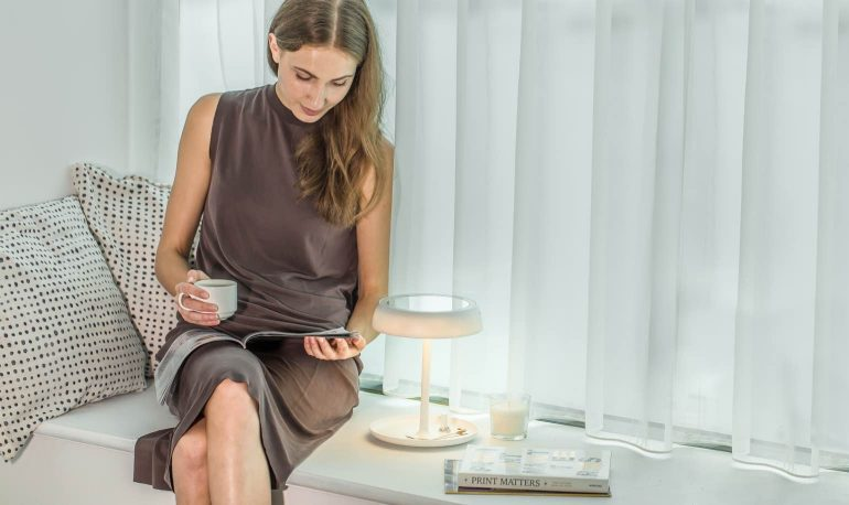 juno-mirror-reading-lamp
