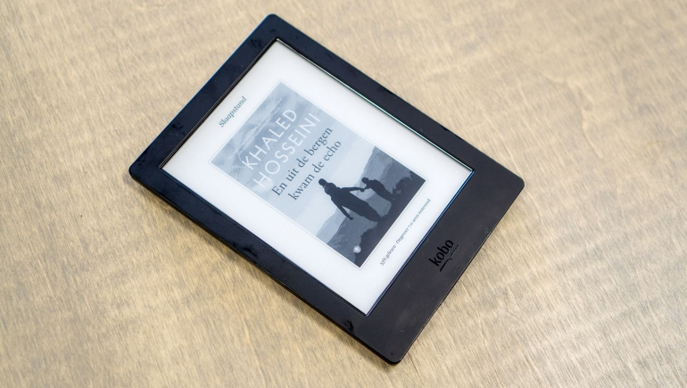 Kobo-Aura-H2O-review-design