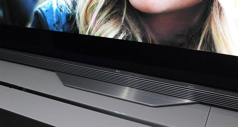 LG-OLED65E6V-review-design