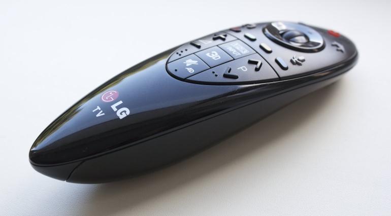 LG-review-LB730V-remote