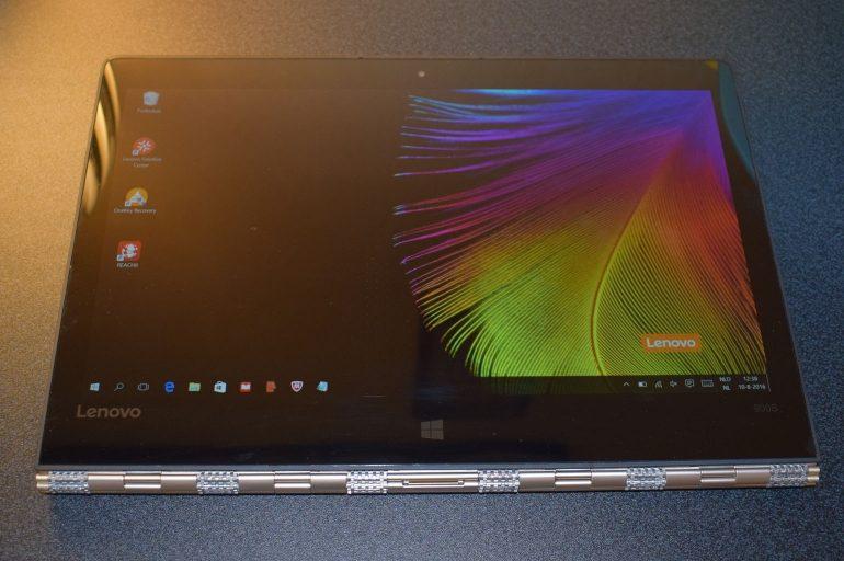 Lenovo Yoga 900S tablet