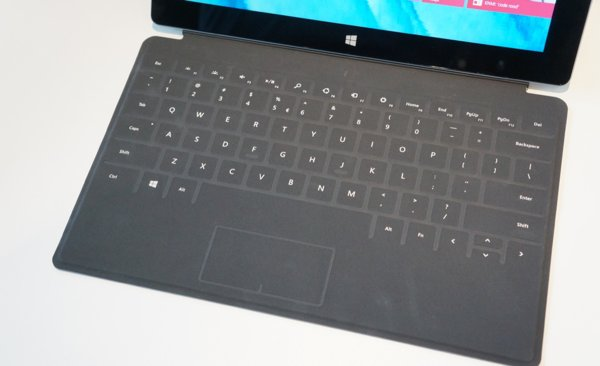 Microsoft-Surface-2-Touch-Cover-2