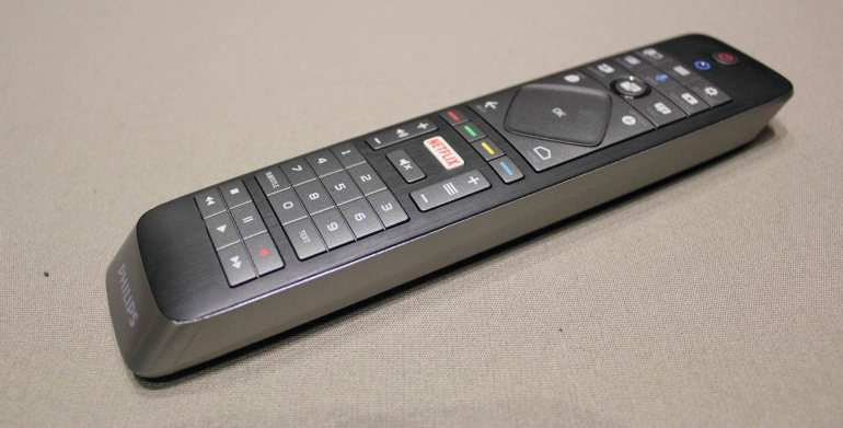 philips-65pus7601-review-remote-2