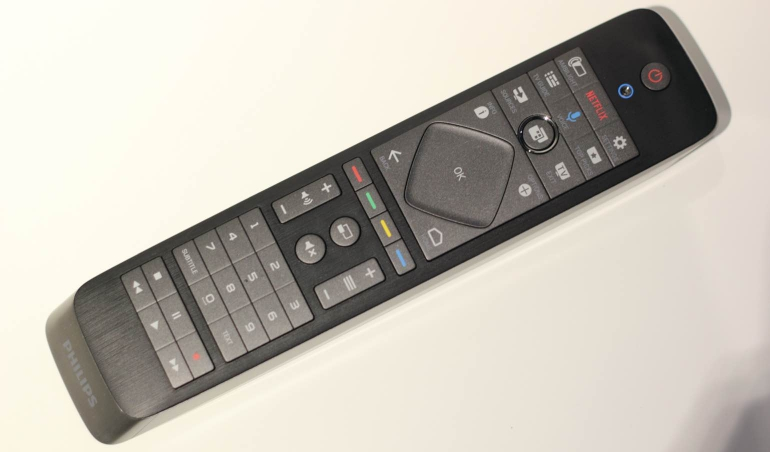 Philips 65PUS8901-review-remote