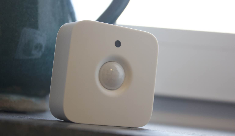 Licht Donker Sensor : Review philips hue motion sensor bewegingssensor voor je hue