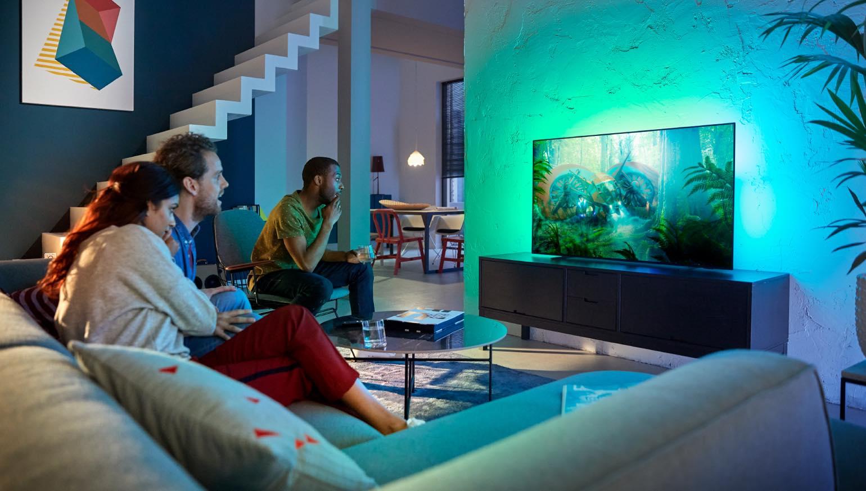 dit is de betaalbare philips oled754 oled tv met saphi homecinema magazine. Black Bedroom Furniture Sets. Home Design Ideas