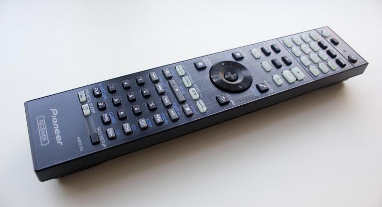 Pioneer-VSX-924-review-afstandsbediening