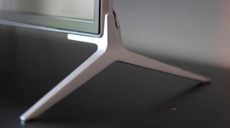 Review-Philips-PUK7100-design