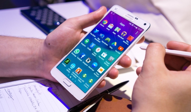 Samsung-Galaxy-Note-4-hands-on-2