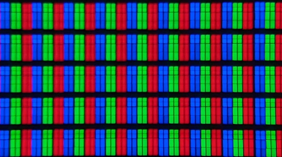 TCL-65C825-pixels-1080x600.jpg