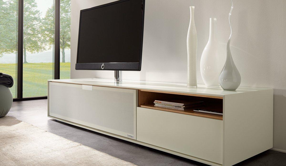 Hulsta Tv Meubel : Hülsta lanceert meubels met geïntegreerd teufel audiosysteem