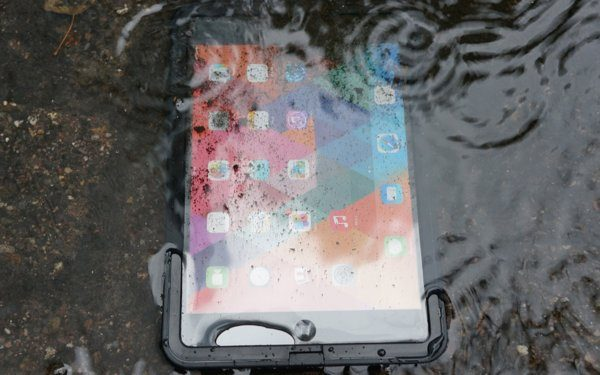 iPad-mini-lifeproof-case-review-2