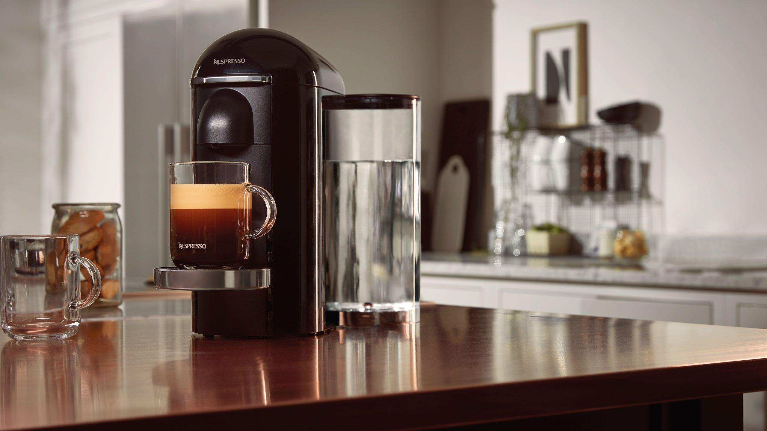 Nespresso Vertuo gepresenteerd: koffiezetapparaat met grotere cupjes
