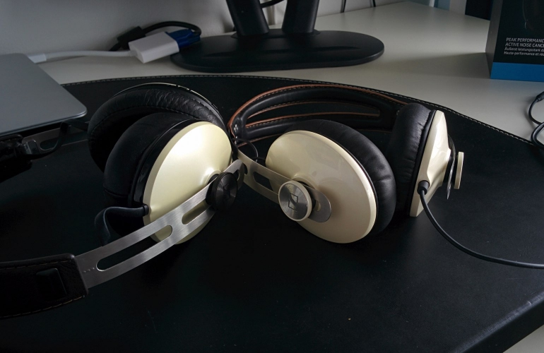sennheiser momentum wireless vs wired