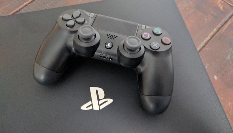 sony-playstation-4-pro-foto-8